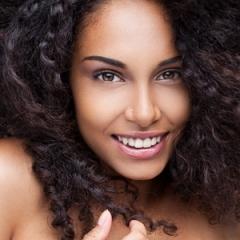 Conheça os xampus mais indicados para diferentes cabelos