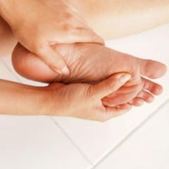 Saiba algumas doenças de pele que atletas podem encontrar nos pés - Dra. Gabriella Albuquerque dermatologista rio de janeiro